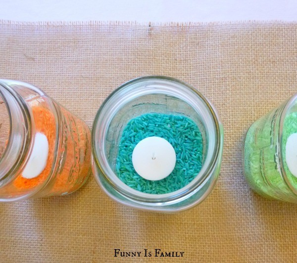 This cute colored rice centerpiece is an easy DIY craft for kids and adults! The colors can be changed for simple Easter, 4th of July, Halloween, and Christmas decorations!